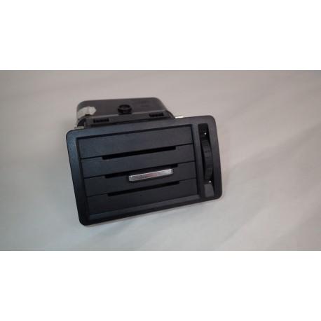 Kratka Nawiewu Prawa Ford Focus C-Max  3M51-R018B08-AFW   AC1.80840