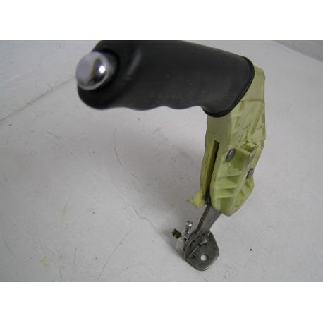 Dźwignia Hamulca Ręcznego Ford Focus MK1 Chromowany Przycisk 98AG-2780 AA9.81031